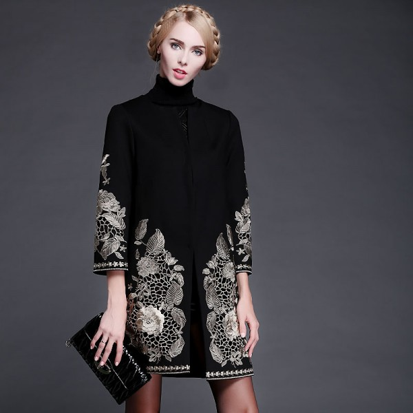 Runway-Noble-2015-Autumn-Winter-Gold-Flower-Embroidery-Long-sleeve-Covered-Button-Sashes-Wool-Slim-Coat-1