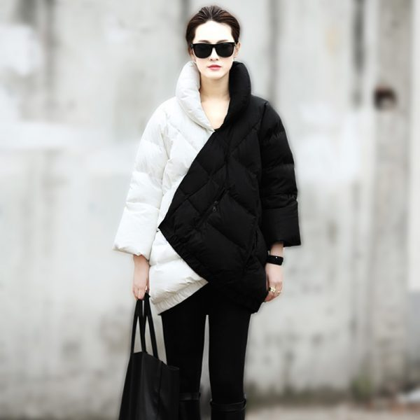 2014-Winter-Coat-Women-New-European-Fashion-Week-Catwalk-Long-Section-Black-And-White-Mix-Color-1