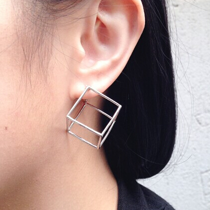 E128-Free-shipping-Three-dimensional-Cube-Geometric-Stud-Earrings-Wholesale-1