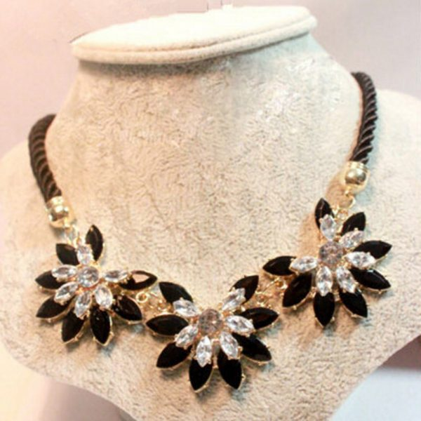 selling-Luxury-Flower-Decoration-Choker-Necklace-For-Women-Charming-Dress-Accessory-For-Wedding-Perfect-Party-Rope-1