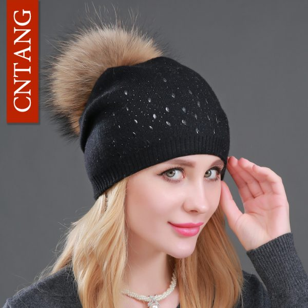 Winter-Wool-Women-Beanies-Rivets-Decoration-Pompon-Fur-Hats-Fashion-Natural-Raccoon-Fur-Caps-Female-Warm-1