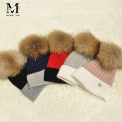 casquette-Women-Wool-Ball-RACCOON-Fur-Pompoms-Knitted-Bonnet-Hat-gorros-hombre-Women-Soft-Warm-Beanies-1