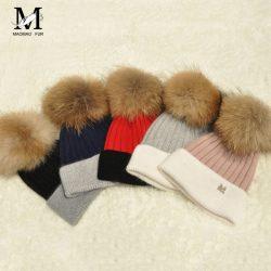 casquette-Women-Wool-Ball-RACCOON-Fur-Pompoms-Knitted-Bonnet-Hat-gorros-hombre-Women-Soft-Warm-Beanies-1