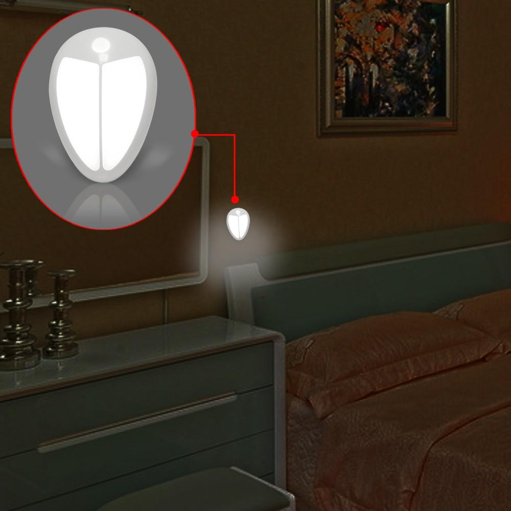 Ночник с датчиком света